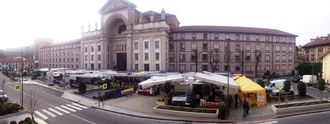 Mercato Alba Piazza S. Paolo