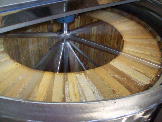 Centrigura per l'estrazione del miele